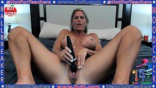 Mature masturbate with heavy toy