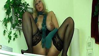 german milf dirty talk masturbating and squirt 1