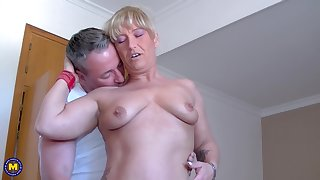Debbie D. and Teresa Lynn share a cock and lucubrate each others pussies