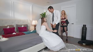 Bride to shrink from Jillian Janson shares a dick with of age Nina Hartley