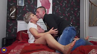 Impolite haired full-grown blonde Klaudia D. hardcore pounded from without hope