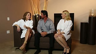 All lubed horny masseuse Britney Amber thirsts to enjoy MFF threesome