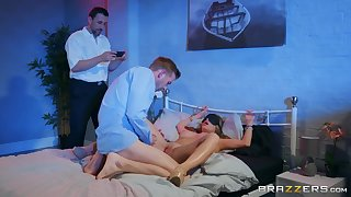 Alessandra Jane blowing her friend's oversize penis before sex