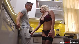 Interactive Busty blonde babe Christina Shine fucked brutally by pizza guy