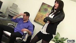 Samantha Bailey is the mother I´d like to fuck boss