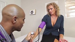 Cougars Like It Black - Jade Jameson Medical Exam