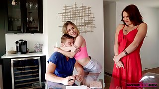 Dude has a nice threeway fuck with a MILF stepmom and his girlfriend
